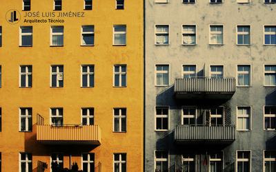 ¿Puedo construir un balcón/terraza en mi piso?
